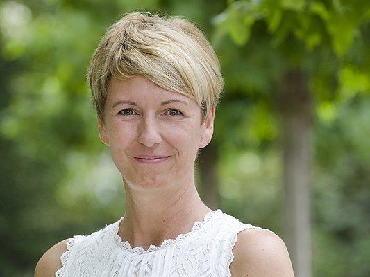 Petra Henkies - Datenaufnahme für die Erstellung von Vorsorgevollmachten und Patientenverfügungen